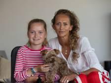 Oud-Nijkerkse Joyce (46) in 'Mooiste Meisje van de Klas'