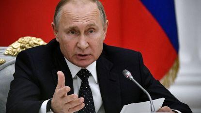 """Poetin aan Trump: """"Ik sta open voor dialoog"""""""