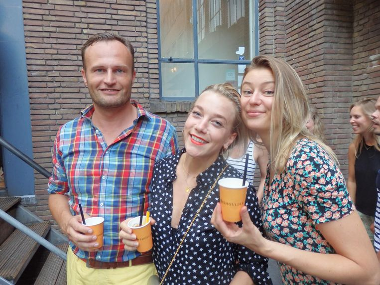 Hans Prummel (De Naamafdeling): 'Ik ben citygay.' Met Esther Weijkamp (Cityguys) en Stefanie Aalst (Waaramsterdameet) Beeld Schuim