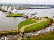 Visliefhebbers laaiend nu vermalen van vissen door energiecentrale in Alphen mag doorgaan: 'Volstrekt onacceptabel'
