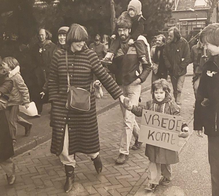 Leden van de Saamhorigheidsgroep tijdens een demonstratie. Beeld Privé-archief/Haarlems Dagblad