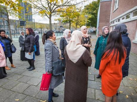 Schilderswijk Moeders staat op losse schroeven