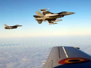 Deux F-16 belges interceptent quatre avions russes dans l'espace aérien de l'Otan