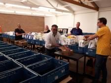 Hartverwarmend: Twenterand geeft gul aan voedsel- en cadeaubank in coronatijd
