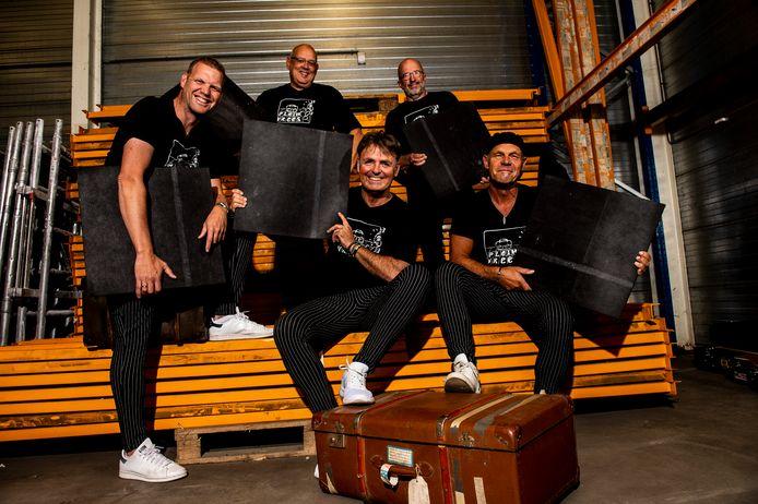 Onderwijscabaretgroep Pleinvrees heeft in podium Gigant ter ere van het 20-jarige bestaan haar nieuwe album gepresenteerd.