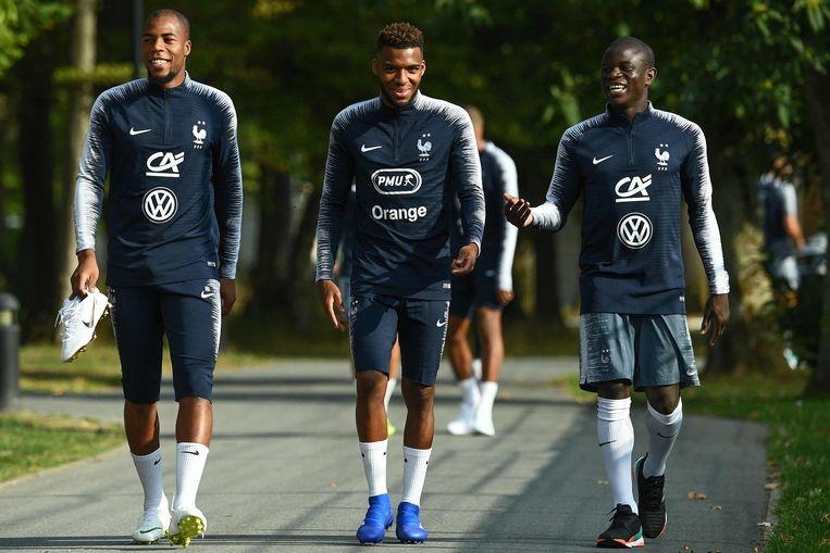 Kante, hier rechts van Djibril Sidibe en Thomas Lemar.