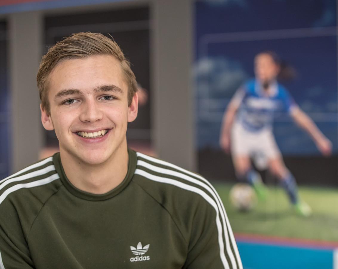 Lars Miedema, het broertje van Vivianne Miedema.