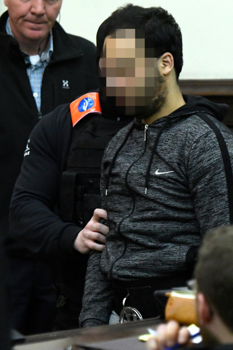 Salah Abdeslam krijgt 20 jaar cel voor terroristische moordpoging