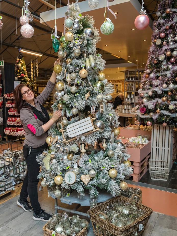 Kerstboom doet steeds vroeger intrede in woonkamers for Intratuin wijchen