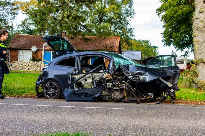 na een eenzijdig ongeval in Ermelo was de auto total loss