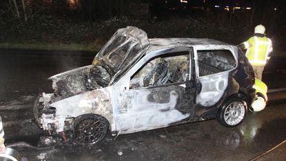 Wagen uitgebrand tijdens eerste rit na aankoop