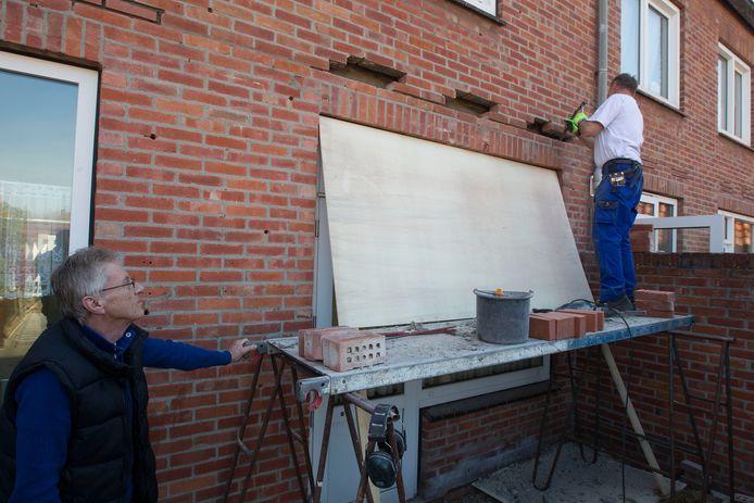 Werk aan isolatie van huizen in Helmond