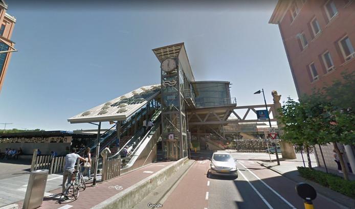 Het station in Den Bosch, aan de kant van het Paleiskwartier