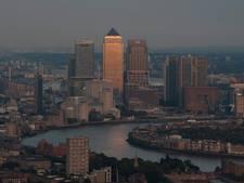Waaghalzen filmen hoe ze één na hoogste gebouw Londen beklimmen