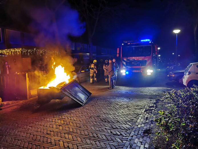 Een aanhanger brandde uit aan de Matenstraat in Wageningen.