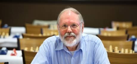 Ap Lammers krijgt 'De Rhedenaar' voor maatschappelijke verdiensten