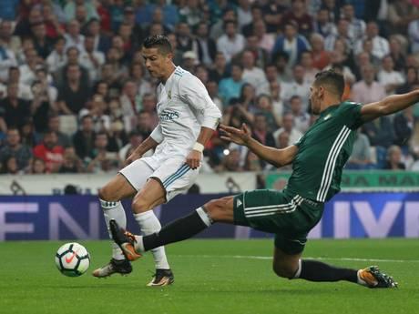 Real Madrid onderuit tegen Real Betis bij rentree Ronaldo