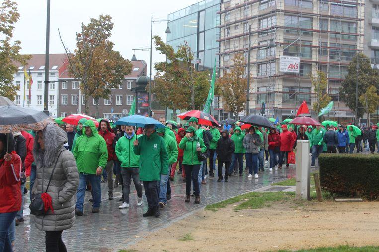 Zo'n vijfduizend manifestanten namen deel aan de pensioenbetoging in Hasselt.