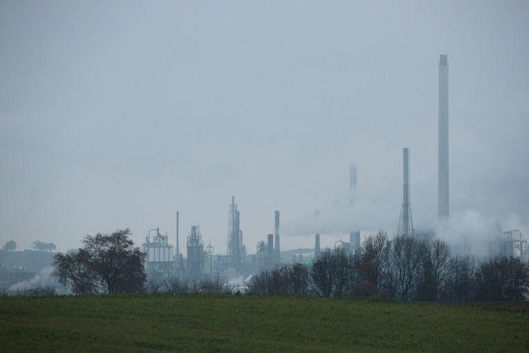 Volgens de wet Milieubeheer moeten opgeteld 100.000 bedrijven die nog veel gas en elektra gebruiken, hun energie flink terugschroeven.  Beeld ANP