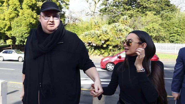Kim Dotcom met zijn vrouw Mona Schmitz. Beeld reuters