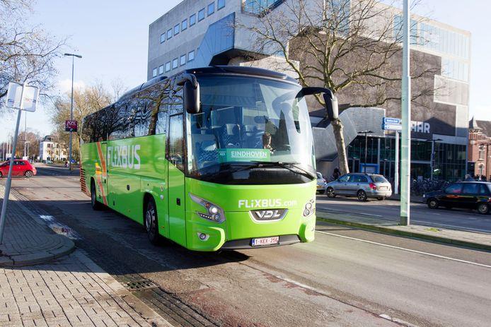 Een Flixbus in Eindhoven.
