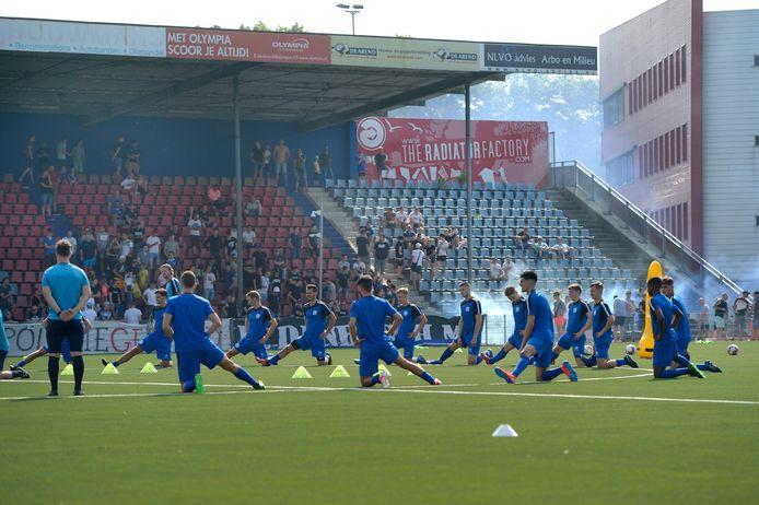 FC Den Bosch heeft de eerste training van het nieuwe seizoen achter de rug.