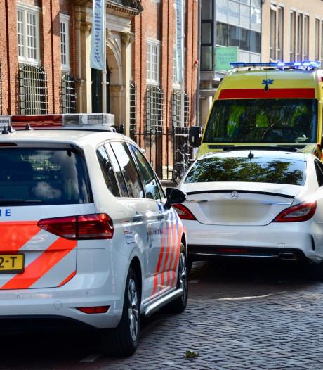 Fietser gewond na aanrijding op fietsstraat in Breda