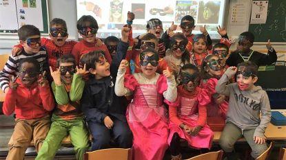 Basisschool De Hoeksteen viert carnaval