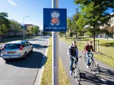 Dick-Brunaborden in Culemborg: 'Bij sommige scholen is de weg soms een racebaan'