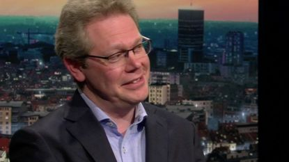 """Professor internationale politiek: """"We zullen VS in elkaar zien zakken komende weken"""""""