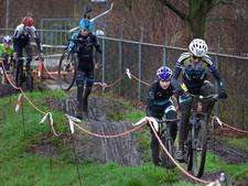 Elite/beloften samen met amateurs in veldrit Wierden