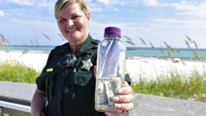 """""""Brians laatste avontuur"""": fles met as van overleden Texaan spoelt aan in Florida"""