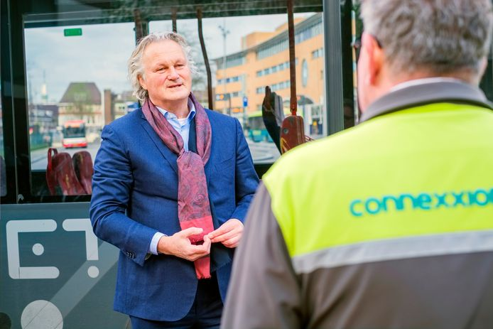 Pier Eringa, is sinds 1 september CEO  van Transdev Nederland, van o.a. Connexxion, RET bussen en Witte Kruis- ambulances.