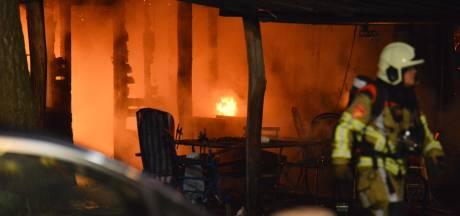 Twee jongens (6 en 9) komen om bij woningbrand in Strijbeek, oma en vader gewond
