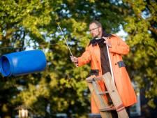 De Waterlanders onderzoeken 'een laag van kunstmatigheid' op de Wageningse campus