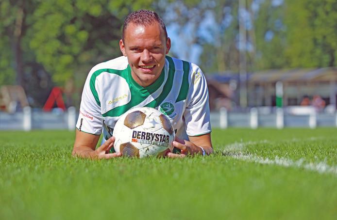 Middenvelder Corné Nijhof: ,,Dat wij in elke wedstrijd honderd procent geven, is een kwaliteit.''
