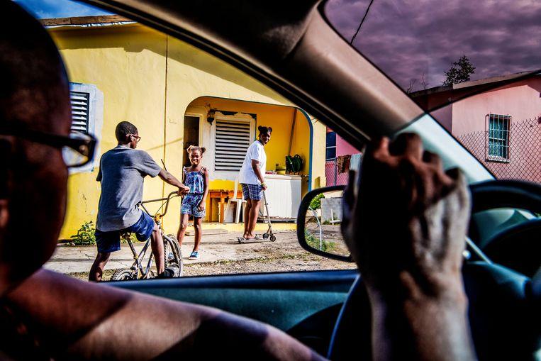 Straatbeeld in Sint-Maarten. Beeld niels markus