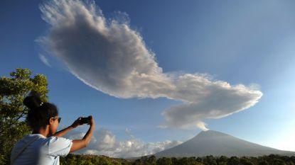 Vulkaan op Bali spuwt opnieuw as