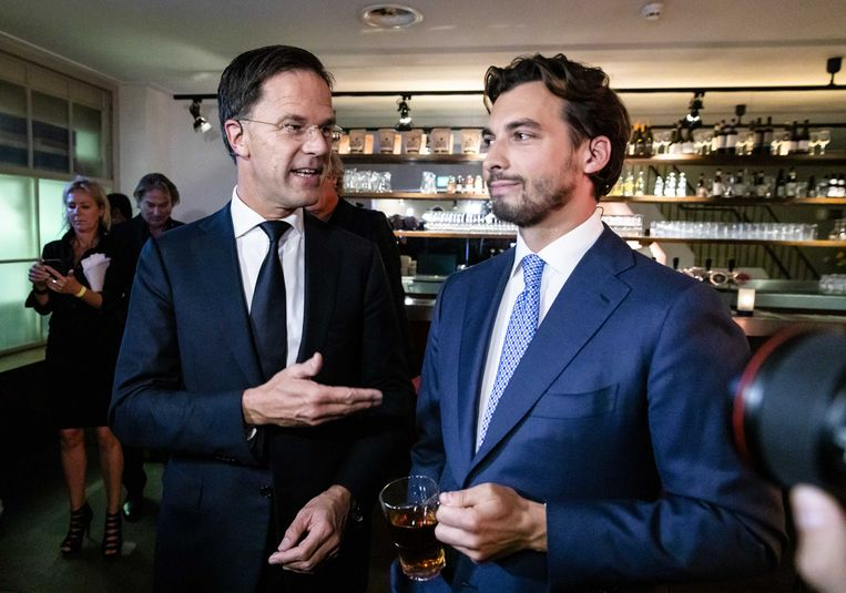 VVD-leider Mark Rutte en Thierry Baudet (FvD)