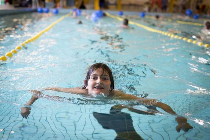 Ruim 110 Betuwse zwemmers deden mee. Foto: Erik van 't Hullenaar.