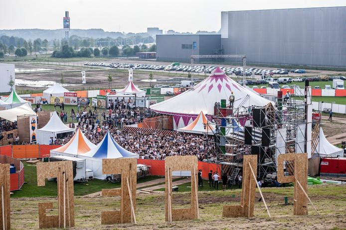 Het Ploegendienst Festival op Breepark in mei. Net als Duikboot Festival is de organisatie in handen van voormalige NHTV-studenten.
