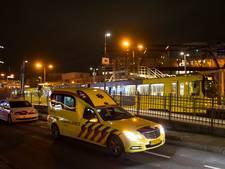 Man gewond na botsing met tram in Kanaleneiland, tramverkeer weer op gang
