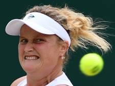 Aniek van Koot viert zeges op Wimbledon ingetogen