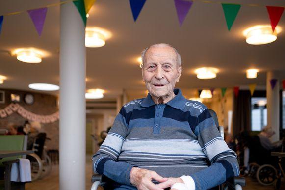 """BORNEM Guillelmus """"Jomme"""" De Jonghe wordt 103 en viert dat in het OLV rusthuis"""