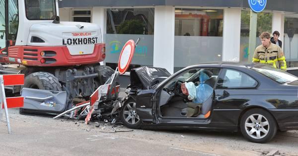 Enorme ravage bij eenzijdig ongeval in Vaassen.