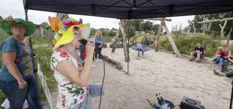 Van kale vlakte tot prachtig park: wijkbewoners 't Gijmink in Goor weten van aanpakken