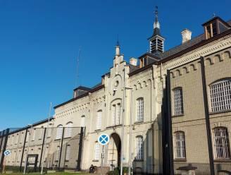 Na de celstraf voor Bo Coolsaet (81): waar komen bejaarde gedetineerden terecht?