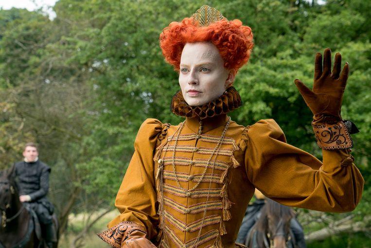 Margot Robbie als Elizabeth I in Mary Queen of Scots. Beeld