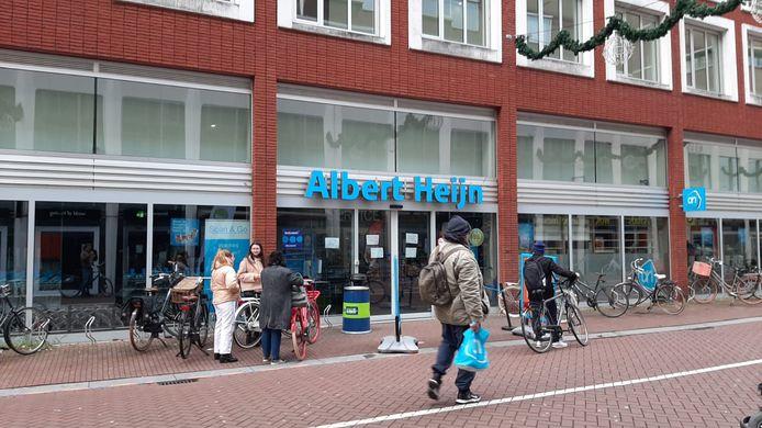 Ook Albert Heijn in Dordrecht moest de deuren sluiten.