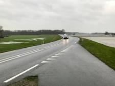 De IJsseldijk moet verbeterd worden, behalve bij Olst